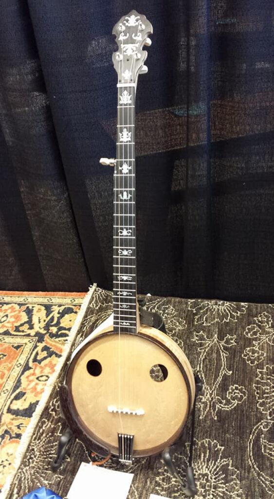 wood banjo